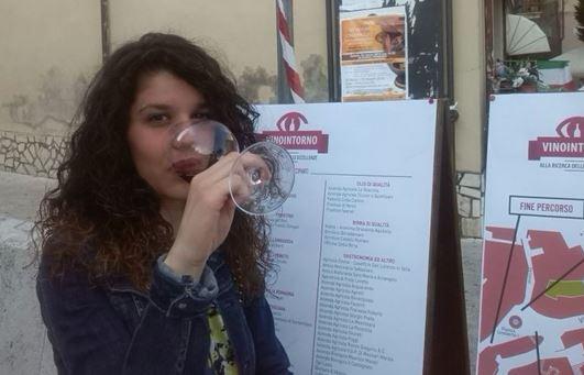 https://www.comune.olevanoromano.rm.it/immagini_news/public/immagine/17-VinoIntorno-3.JPG