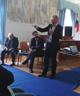 https://www.comune.olevanoromano.rm.it/immagini_news/public/locandina/36-Convegno-olevano2.JPG